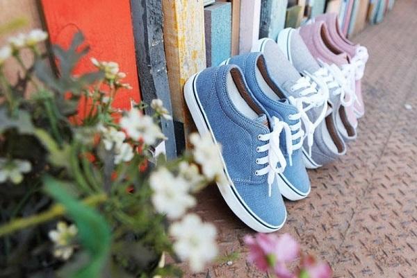 cách đánh giày vải nhanh khô không phai màu
