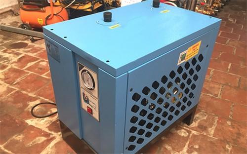 các sản phẩm máy sấy khí giá rẻ được bán rất nhiều trên thị trường