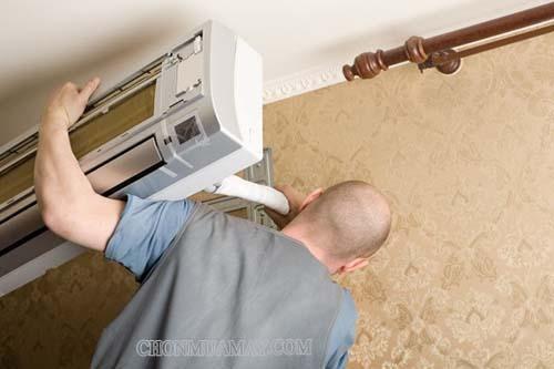 Cách tháo điều hoà ra để vệ sinh